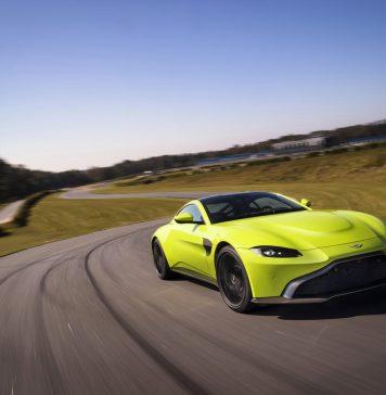 Aston Martin - Gentlemen Drivers